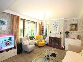 Casa de vânzare sau de închiriat 9 camere, în Corbeanca