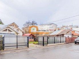 Casa de vânzare 6 camere, în Ploiesti, zona Sud-Est