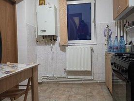 Apartament de vânzare 2 camere, în Iasi, zona Baza 3