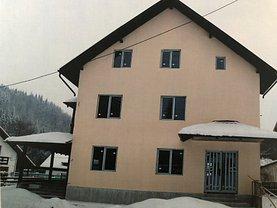 Casa de vânzare 7 camere, în Cheia