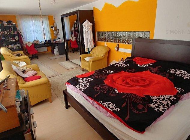 Casa cu 6 camere in Sangeorgiu de Mures - imaginea 1