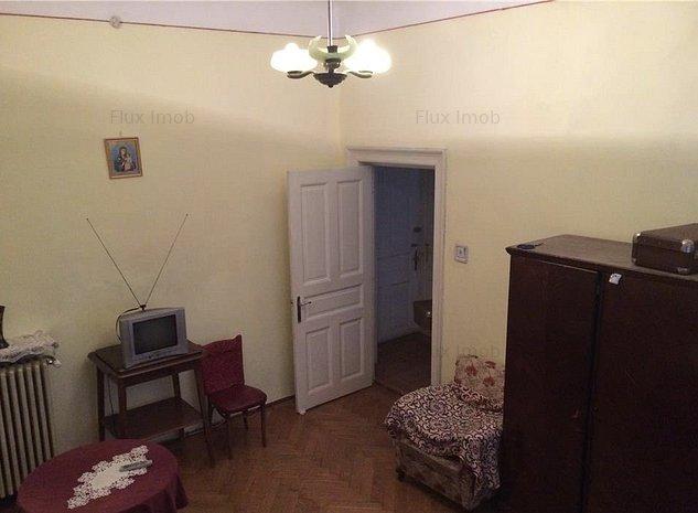 Vanzare Apartament 2 camere Piata Romana. - imaginea 1