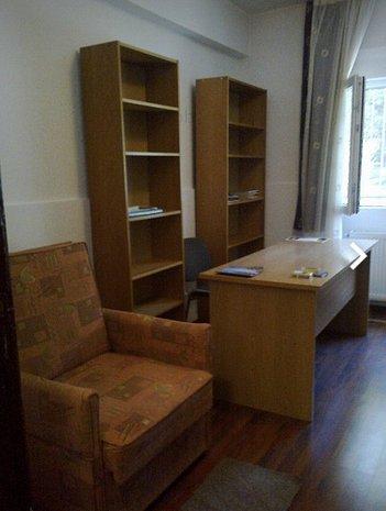Vanzare Apartament 2 camere, zona Cismigiu, zona superba! - imaginea 1