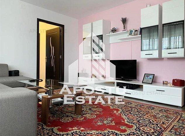 Apartament splendid, 2 camere, Piata Doina Calea Sagului - imaginea 1
