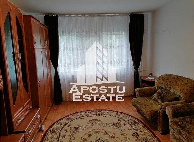Apartament 2 camere decomandat in zona Plavat. - imaginea 1