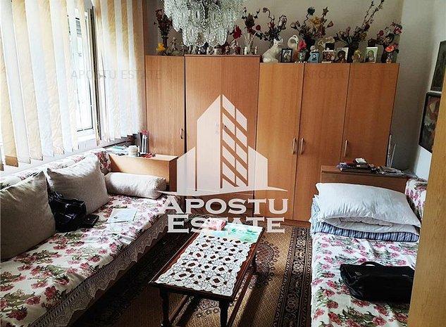 Garsoniera in zona Buziasului la parter - COMISION 0% la cumparator - imaginea 1