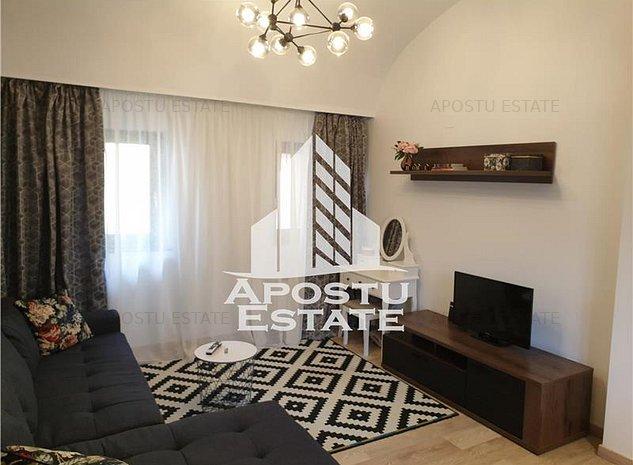 Apartament de LUX cu 3 camere in zona UNIRII - imaginea 1
