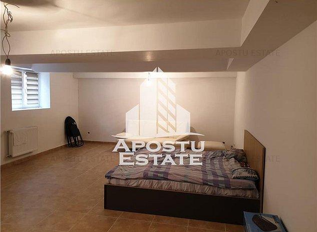 Apartament cu 2 camere decomandat, zona Ultracentrala - comision 0 - - imaginea 1