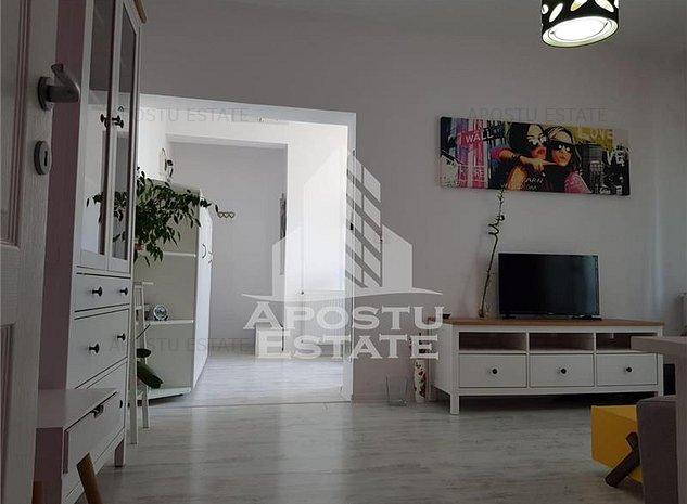 Apartament deosebit cu 4 camere, modern, mobilat si utilat, zona Modern - imaginea 1