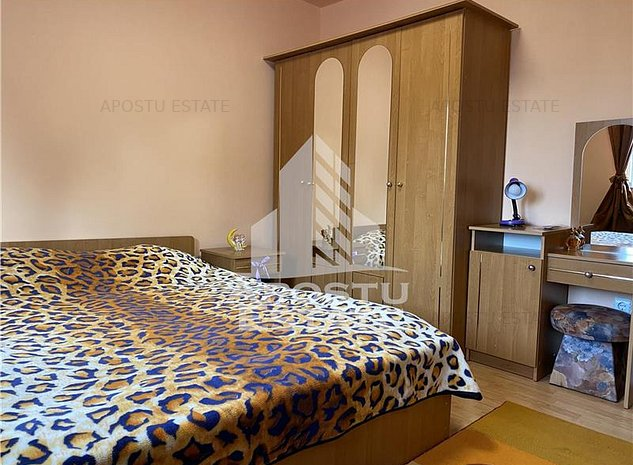 Apartament cu 2 camere, decomandat, complet mobilat si utilat zona Soarelui - imaginea 1