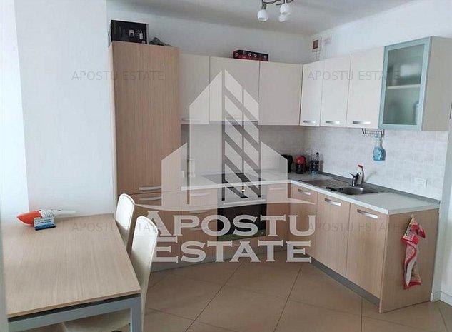 Apartament spatios cu 2 camere, zona Gheorghe Lazar - imaginea 1