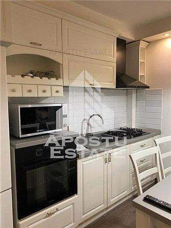 Apartament cu 3 camere, mobilat si utilat in zona Aradului - imaginea 1