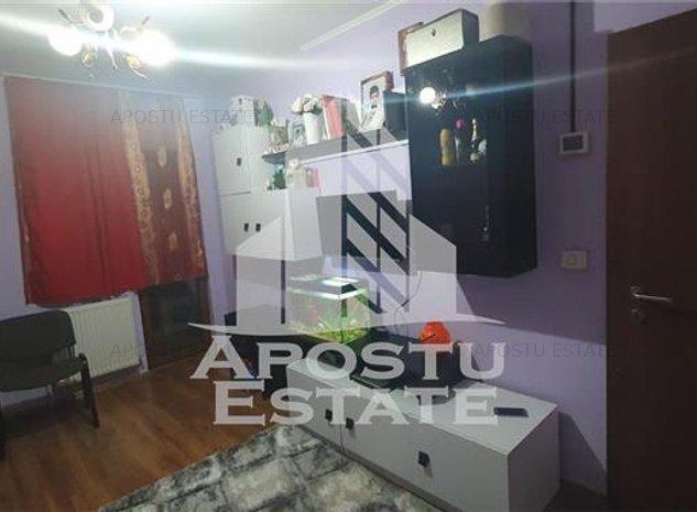Apartament cu 2 camere in zona Dambovita - imaginea 1