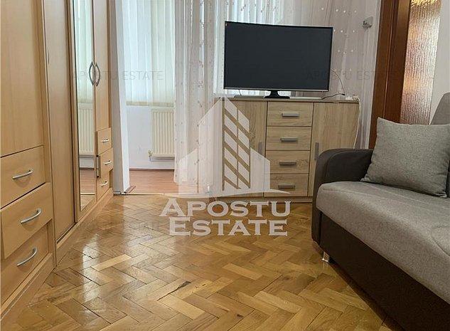 Apartament 2 camere zona Resitei - imaginea 1