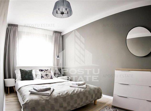 Apartament cu 3 camere in Complexul Studentesc. Complet renovat - imaginea 1
