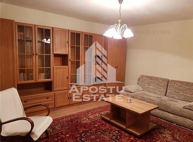 Apartament cu 2 camere, decomandat, etaj intermediar in zona Mircea cel Batran - imaginea 1