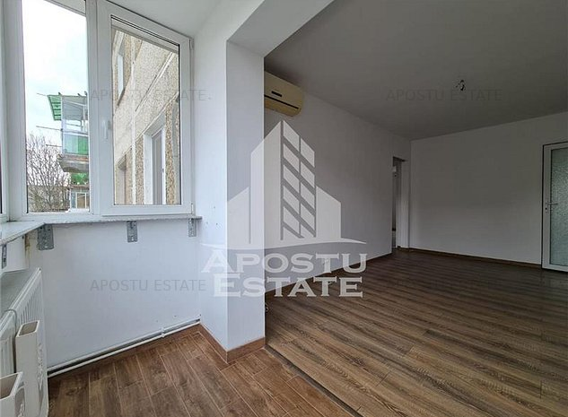 Apartament cu 3 camere, etaj intermediar, zona Dacia - imaginea 1