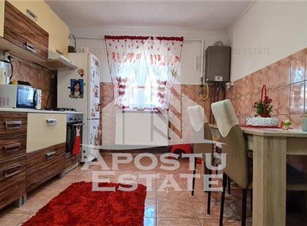 Apartament cu 2 camere, zona Dambovita - imaginea 1