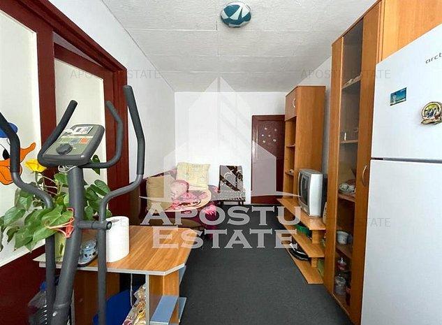 Apartament cu 2 camere in zona Sagului - imaginea 1