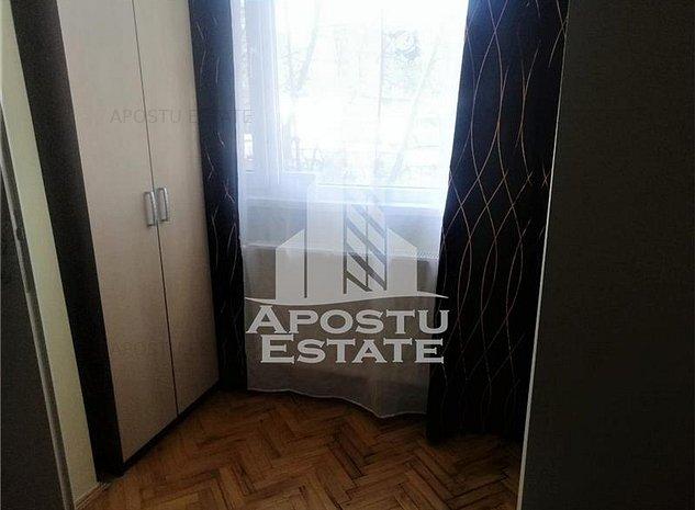 Apartament cu 2 camere, zona Circumvalatiunii - imaginea 1