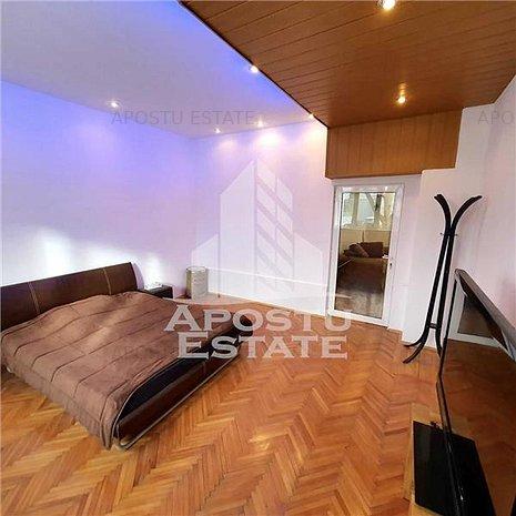 Apartament spatios, 2 camere, zona centrala - imaginea 1
