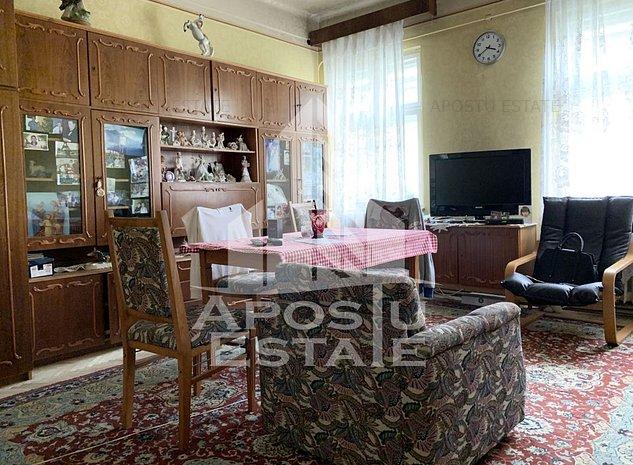 Apartament deosebit cu 2 camere in Piata Unirii - imaginea 1