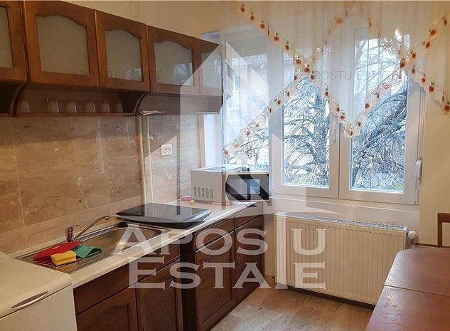 Apartament 1 camera in zona COMPLEXUL STUDENTESC - imaginea 1