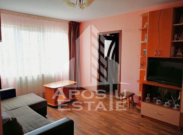 Apartament cu 2 camere, etajul 2, in zona Sagului - imaginea 1