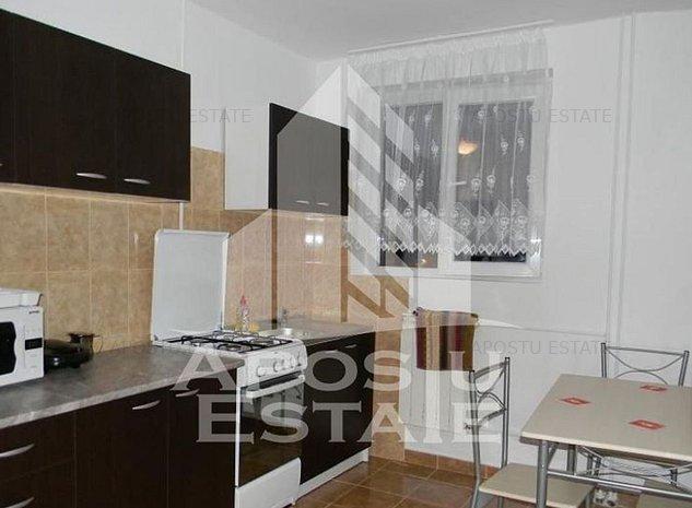 Apartament cu 2 camere in zona Complexului Studentesc negociabil - imaginea 1