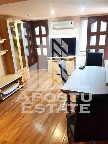 Apartament cu 3 camere in zona Sagului - imaginea 1