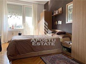 Casa de vânzare 8 camere, în Timişoara, zona Bălcescu
