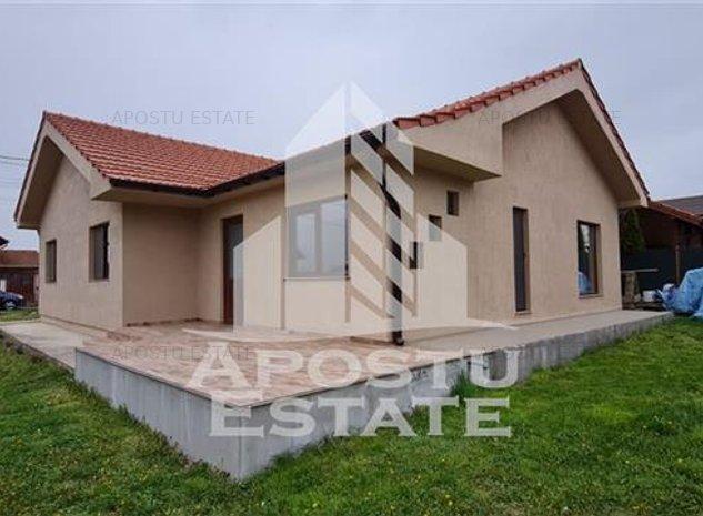 Casa spatioasa cu 3 camere si teren de 300 mp, Dumbravita - imaginea 1