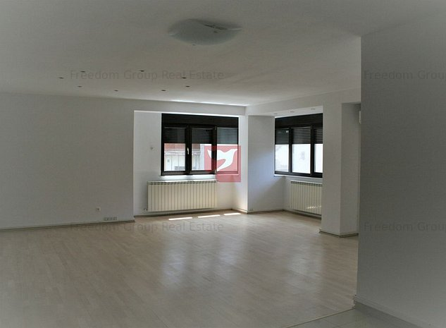 Apartament 3 camere - Piata Victoriei - spatiu de birouri - imaginea 1