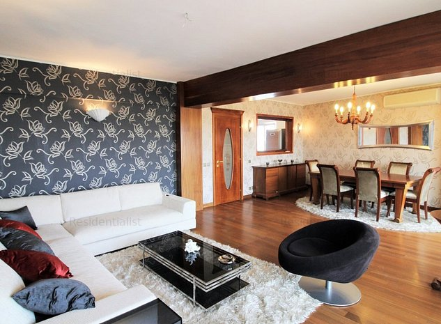 Apartament 4 camere bloc nou Cartierul A: .