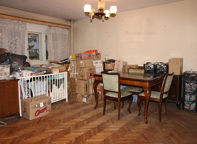 Kiseleff - Arcul deTriumf 4 camere etaj : .