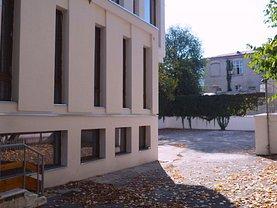 Casa de închiriat 20 camere, în Bucureşti, zona Ştirbei Vodă