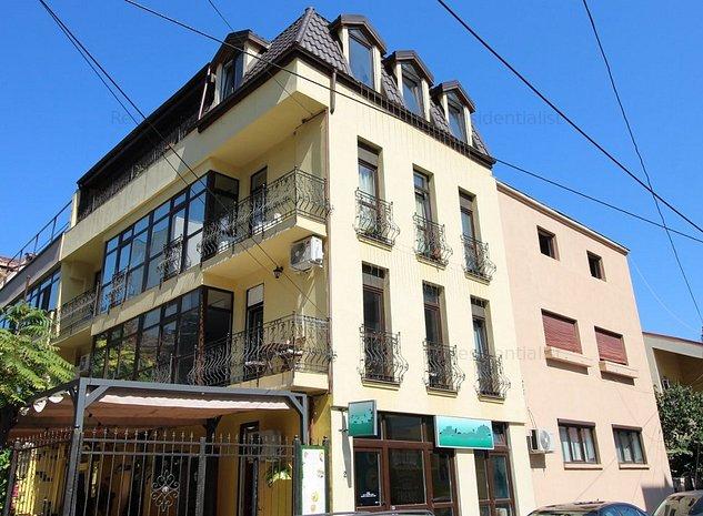 Vila stil neoclasic francez Banu Manta V: .