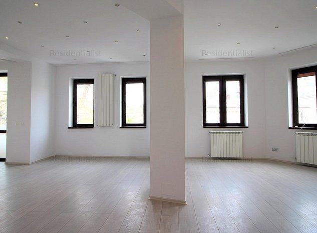 150 mp 3 etaje si terase de 40 mp Doroba: .