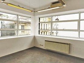 Casa de vânzare sau de închiriat 15 camere, în Bucureşti, zona P-ţa Victoriei
