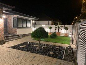 Casa de vânzare 4 camere, în Oradea, zona Sud