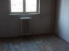 Apartament de vânzare 4 camere, în Timişoara, zona Circumvalaţiunii