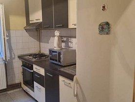 Apartament de vânzare 4 camere, în Timisoara, zona Soarelui