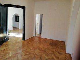Casa de închiriat 3 camere, în Bucureşti, zona Romană