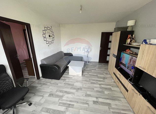 Apartament cu 2 camere de vanzare in zona Vest - imaginea 1