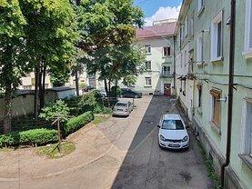 Apartament de vânzare 3 camere, în Bacău, zona Ultracentral