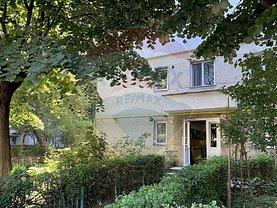 Apartament de vânzare 3 camere, în Bacău, zona Narcisa