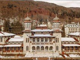Casa de vânzare 36 camere, în Slănic-Moldova, zona Ultracentral