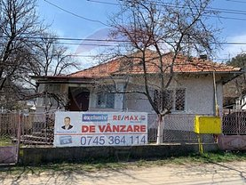 Casa de vânzare 3 camere, în Comăneşti, zona Nord-Est