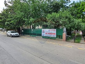 Casa de vânzare 7 camere, în Bacău, zona Ultracentral