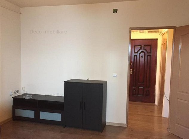 Inchiriere Apartament 1 camera in Manastur, strada Parang - imaginea 1